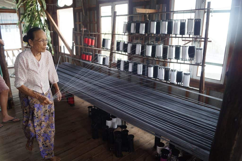 Weverij in Myanmar